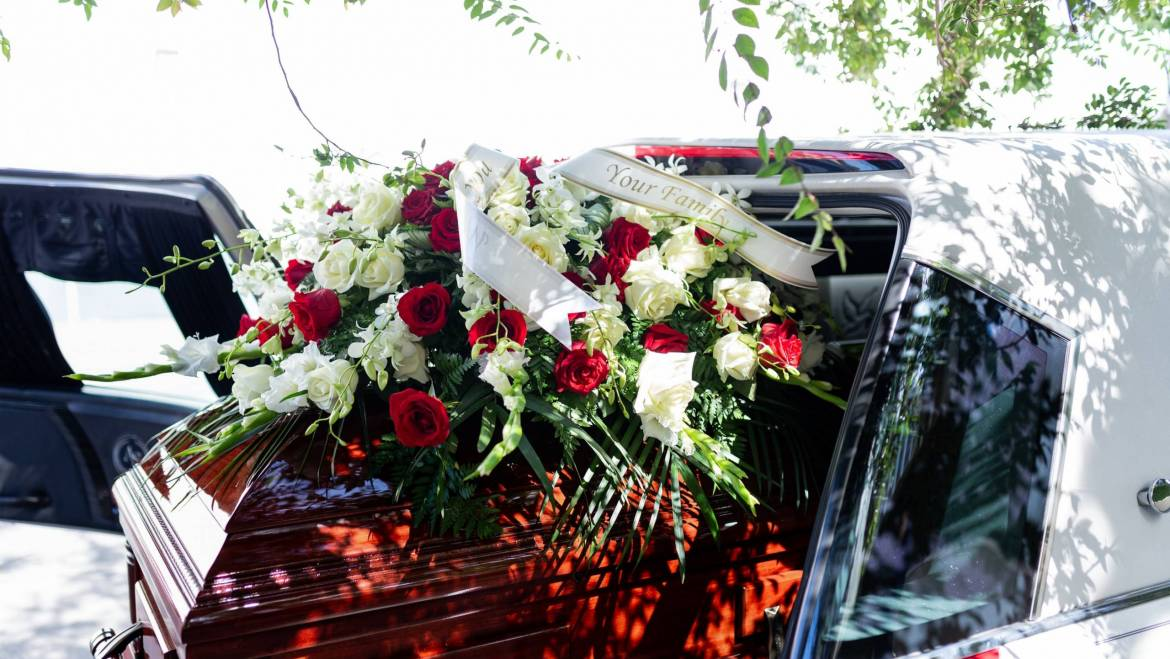 Why You Should Choose A Funeral Package In Singapore